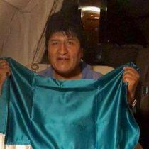 Evo Morales partió a México pero anuncia que pronto volverá a Bolivia