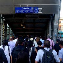 Contraloría congela alza de $10 al pasaje del Metro estipulada por Panel de Expertos