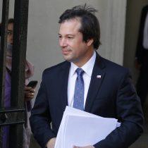 """Ministro Palacios adelanta ingreso de tres proyectos en marzo para combatir delitos de """"cuello y corbata"""""""