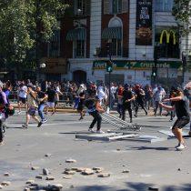 Protestas continúan a nivel nacional pese a intentos del Gobierno de dar una señal de normalidad