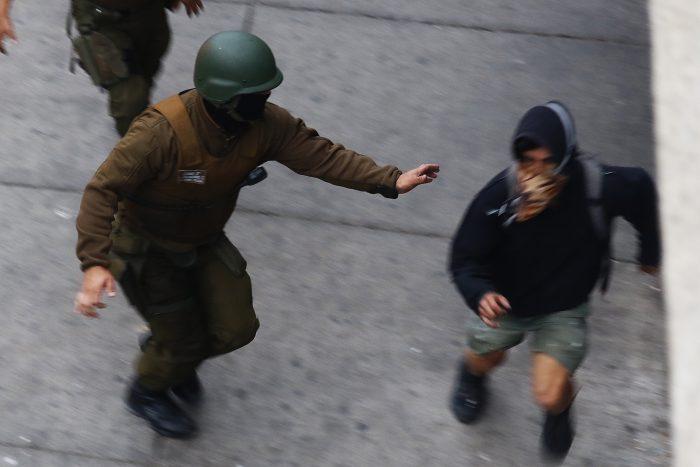 El diagnóstico de Carabineros en las manifestaciones: 78% de los arrestados ya tenía detenciones previas