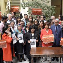 Con firmas de diputados de la ex Nueva Mayoría presentan acusación constitucional contra Sebastián Piñera