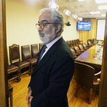 Abogado de Chadwick por acusación constitucional asegura que el ex ministro