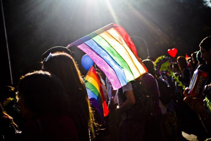 Encuesta sobre comportamiento amoroso, sexual y erótico: 74.9% de hombres homosexuales responde haber sido discriminado por su orientación sexual