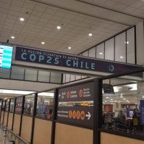 Bienvenidos a la COP y APEC: los mensajes que aún adornan SCL