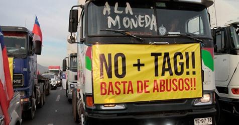 Movimiento No Más Tag volvió a salir a las autopistas de Santiago, pero con baja convocatoria