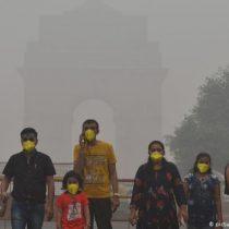 """Nueva Delhi bajo """"una emergencia de salud pública"""" por nube tóxica"""