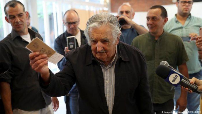 Pepe Mujica será ministro de Agricultura si Martínez gana elecciones