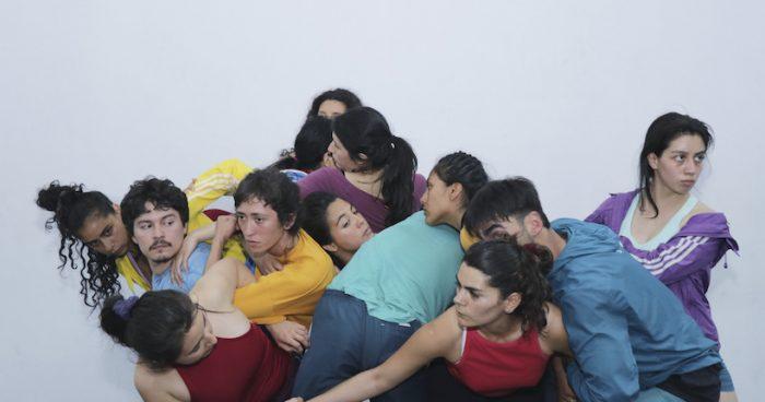 """Obra de danza """"4/ ver. pensar. sentir. actuar"""" en Artistas del Acero, Concepción"""