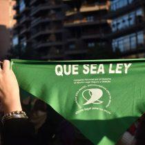 Fernández afirma que impulsará proyecto para legalizar el aborto en Argentina