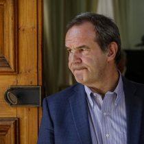"""Allamand ovaciona la carta de grupo de dirigentes opositores: """"Creo que ha renacido la Concertación"""""""