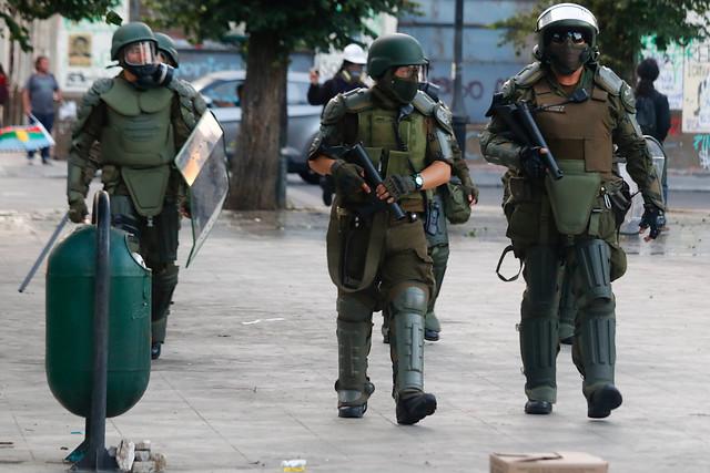 Carabineros estima en más de 15 mil los detenidos durante los últimos 35 días