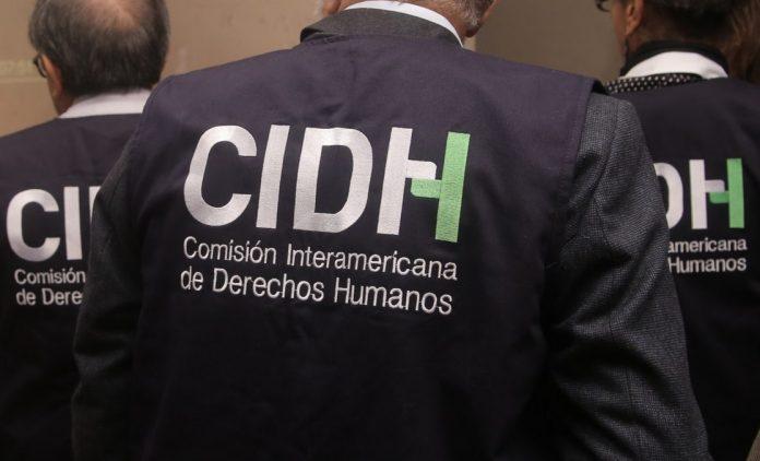Agrupaciones civiles denuncian ante el CIDH atropellos en materia de DDHH: Movilh reportó 23 abusos policiales contra personas LGTBI