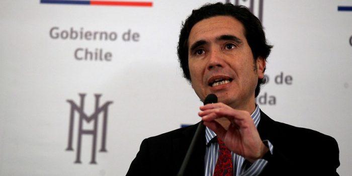 Ministro de Hacienda muestra diferencias con sus antecesores: