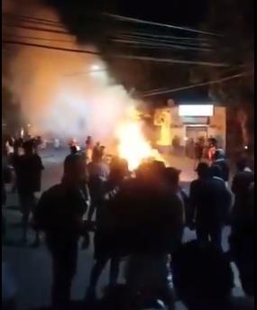Saqueos e incendio en el juzgado marcan agitada movilización nocturna en Colina