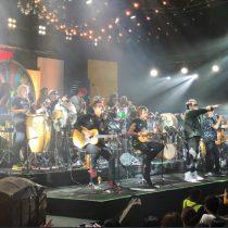 """Al ritmo de la pachanga: Los Auténticos Decadentes tocaron su versión del reconocido cántico """"Chile Despertó"""""""