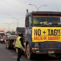 """No Más Tag vuelve a las autopistas: con segunda caravana masiva rechazan las """"respuestas insuficientes"""" del MOP"""