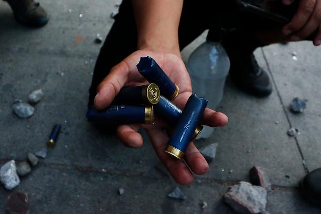 Estudio de la Universidad de Chile concluye que perdigones de Carabineros contienen plomo