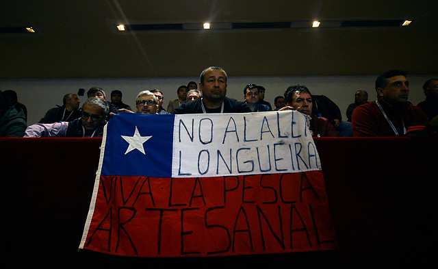 """Pescadores artesanales se unen para exigir una """"Nueva Constitución para asegurar que los recursos sean de todos los chilenos"""""""
