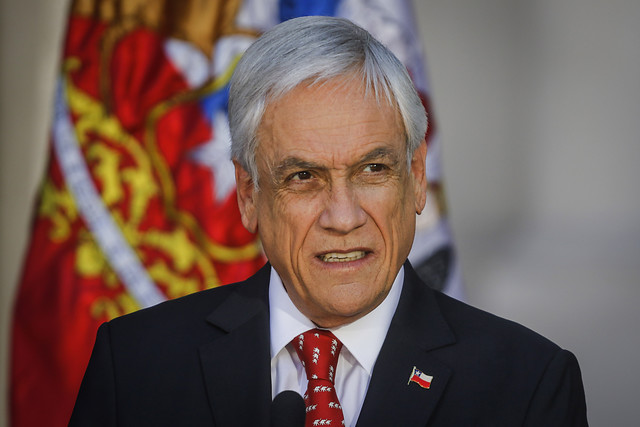 Piñera en su laberinto: la apuesta por la agenda de seguridad y convocatoria al Cosena que divide a Chile Vamos