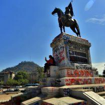 Consejo de Monumentos Nacionales decidió mantener en su lugar la estatua de Baquedano