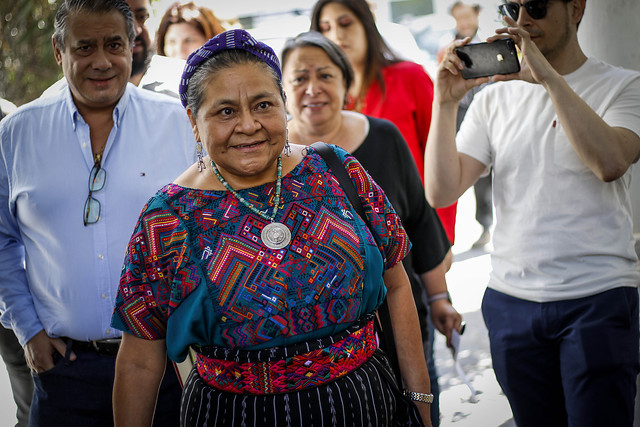 Rigoberta Menchú por violaciones a DD.HH. en Chile: