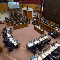 Comisión del Senado aprueba en tiempo récord proyecto que limita reelección indefinida de autoridades tras años durmiendo en el Congreso
