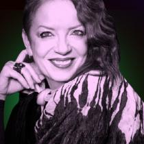 Vocalista de banda Garbage hará conversatorio en Santiago