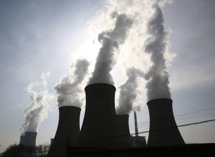 Movimientos ambientalistas apuntan a las termoeléctricas como los responsables de las zonas de sacrificio en Chile