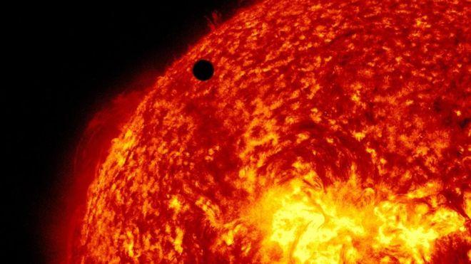 """Sonda Parker: los misterios del Sol que reveló la primera nave espacial en """"tocar"""" el borde de nuestra estrella"""