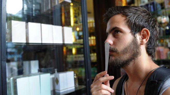 Cómo los millennials están transformando la industria de los perfumes