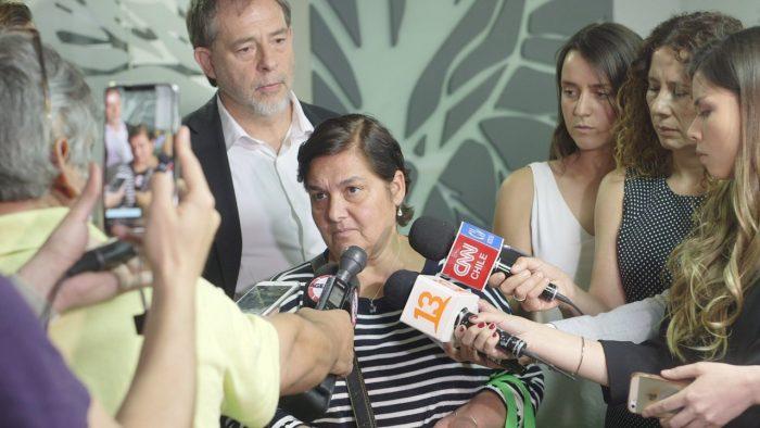 Senador Girardi pide máximas sanciones contra la Clínica Dávila por no respetar Ley de Urgencia