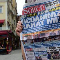 Condena de cárcel para siete periodistas turcos por presunta
