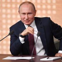 Putin da alas al debate sobre su posible retirada tras este mandato