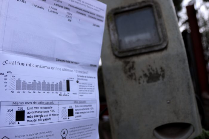 Cuentas de la luz bajarán en un 3% tras aprobación de ley que disminuirá la rentabilidad de las empresas eléctricas