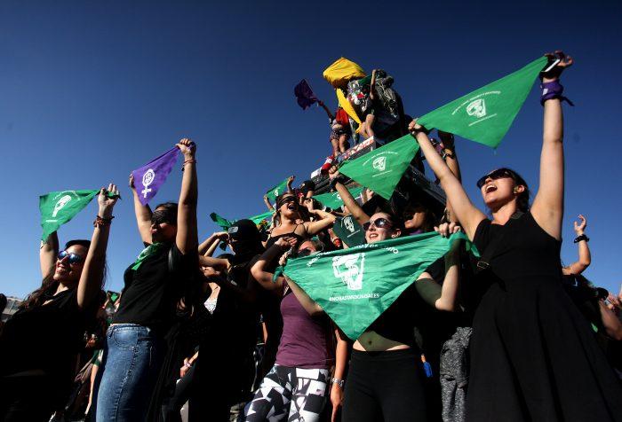 ¿Cuáles son las demandas de las mujeres que se deberían considerar en la nueva Constitución?