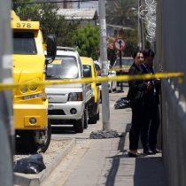 Dos heridos deja asalto frustrado con balacera a supermercado en Maipú