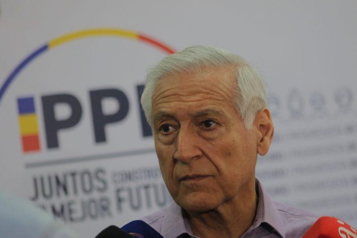Heraldo Muñoz alerta sobre retraso en discusión para permitir plebiscito para una Nueva Constitución