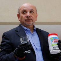 Diputado Castro solicitará citar a ministro Blumel a Comisión de Salud para que explique uso de soda cáustica en carros disuasivos de Carabineros