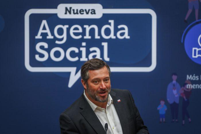Ministro Sichel celebra: 10 mil personas han participado en los Diálogos Ciudadanos