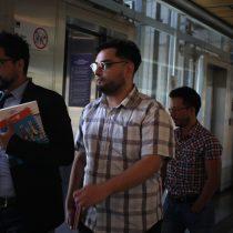 Sin cambios: reformalizan a profesor acusado de causar destrozos en estación del Metro