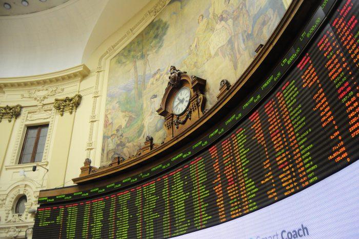 Bolsa de Santiago cierra el 2019 con su peor caída en seis años