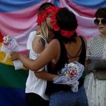 Buscan que su matrimonio sea reconocido en Chile: Tribunal Constitucional declara admisible demanda de pareja de mujeres casadas en España