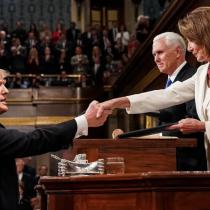 Nancy Pelosi pide redactar cargos para juicio político de Trump por haber
