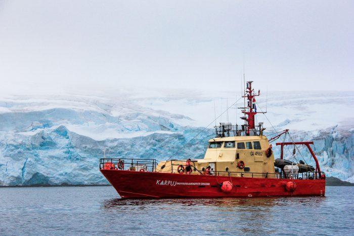 """""""Karpuj"""", la nave científica del INACH, comienza su tercera campaña en Antártica"""