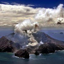 Nueva Zelanda: cinco muertos y varias personas sin localizar tras erupción del volcán Whakaari