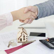 Hasta en 44% han disminuido los precios de propiedades en el Gran Santiago