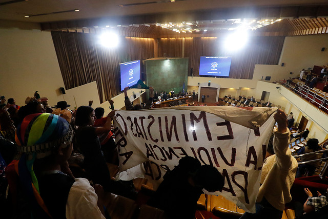 Oposición insiste en el Senado y la Cámara con normas sobre independientes, paridad y escaños para pueblos originarios