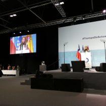 Ministra Schmidt pide diálogo y