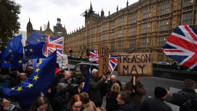Lecciones para Chile del desastre laborista en Gran Bretaña